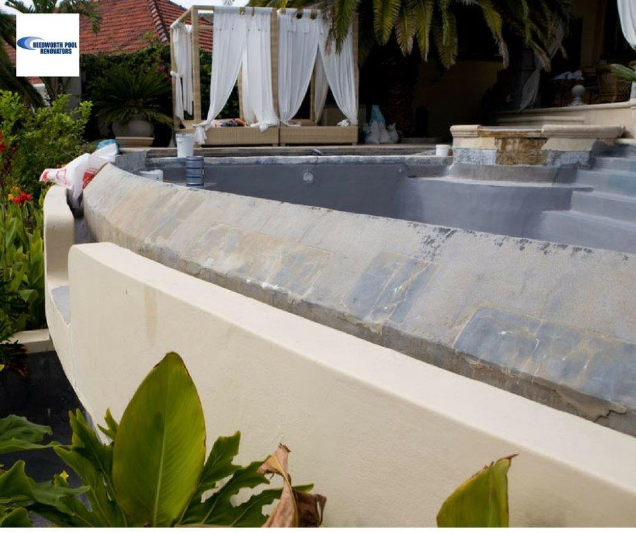 Inverness New-fibreglass-lining-for-Infinity-Swimming-Pool-with-a-grey-charcoal-pigment