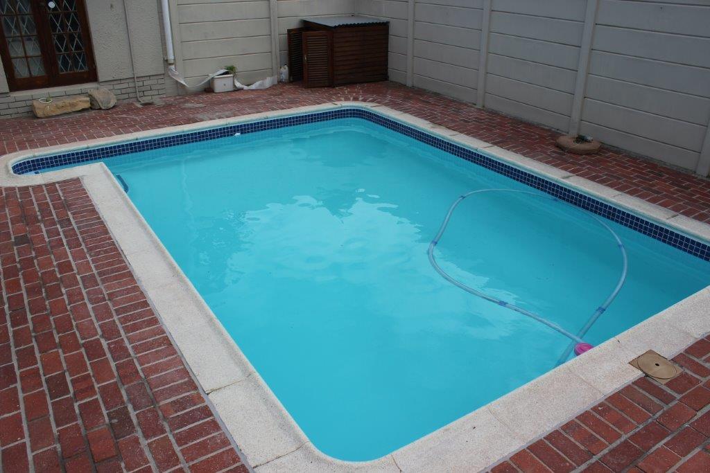 MeadowRidge Pool Repair