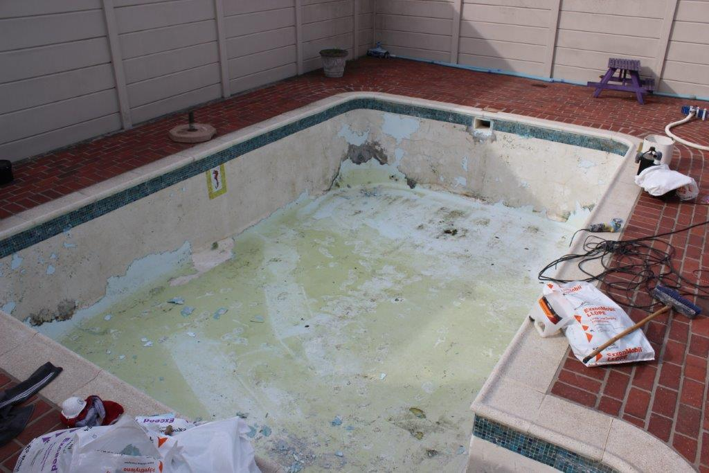 Gunite Pool Cracking Fibreglass Lining And Peeling Back In Places