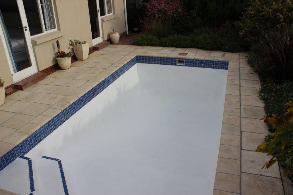 Small Pools, Kirstenhof Application Of New Fibreglass Lining