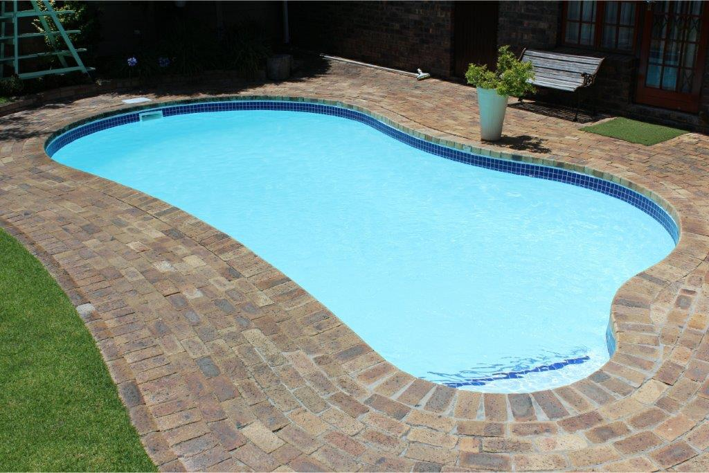 Mid Size Pools
