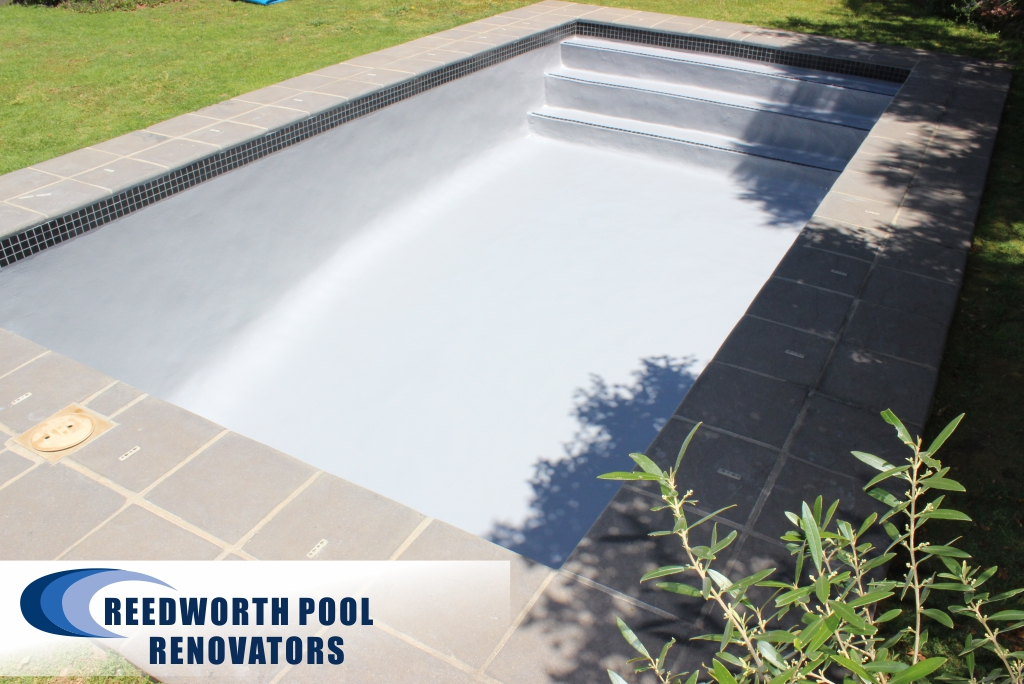 Steenberg A new Fibreglass lining in light grey was applied to the pool.